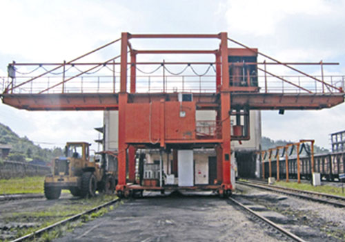 TOP SAMPLER supplies door type auger sampling system for railcar